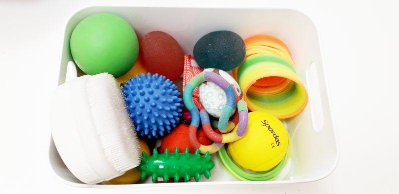 caja objetos varios